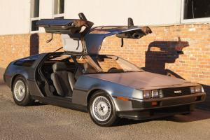 1983 Delorean  CANADIAN EDITION !!!!