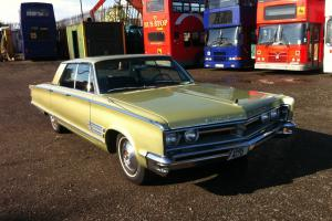 1966 CHRYSLER 300, 4 DOOR MUSCLE WITH THE FAMOUS 383 CI ENGINE
