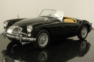 1960 MG MGA Roadster Convertible 1600cc 4 Cylinders 4-Speed Restored Leather
