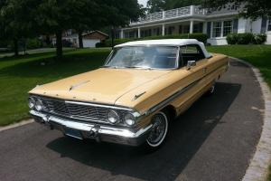1964 Ford Galaxie 500XL Convertible, 390 Z-code, automatic, fully restored