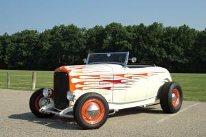 VERY SLICK SHOW QUALITY 1932 FORD ROADSTER CONVERTIBLE 33 34 36 37 38 39 40 41