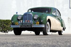 1961 Jaguar Mark IX Sedan Fully Restored Highly Optioned Bucket Seats 39k Miles