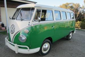VW Kombi 15 Window Deluxe in Melbourne, VIC