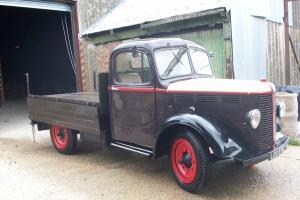 Classic K Type Bedford Truck Metyallic Blue
