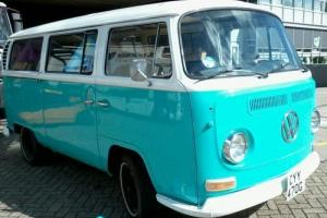 Volkswagen Camper Van Bay Window Deluxe 1969