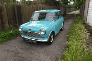 1963 austiin Mini  Photo