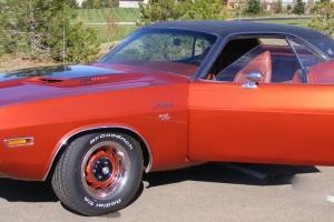 """1970 Dodge Challenger RT/SE  """"Hemi 426"""""""