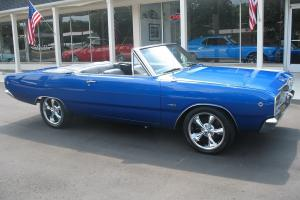 1968 Dodge Dart Convertible Electric blue 5.7 liter Hemi buckets Sure Grip