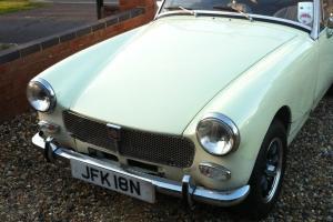 1975 MG MIDGET 1500 WHITE