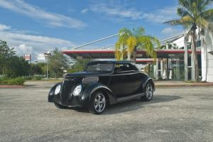 1937 Ford Hard-Top Convertible Coupe