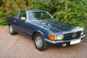 Mercedes-Benz 500 SL RHD 1985  Photo