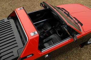 1984 Fiat X19 VS Bertone