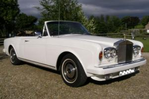 ROLLS ROYCE CORNICHE CONVERTIBLE IN GREAT COLOUR COMBO