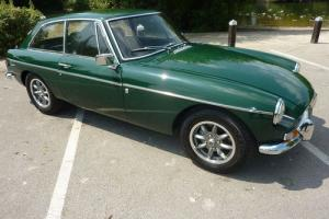 MGB GT 1972 TAX EXEMPT BRG WITH BLACK HIDE INTERIOR PIPED IN GREEN - STUNNING