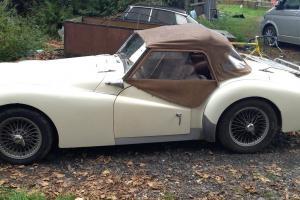 1959 TRIUMPH TR3A - WHITE - LHD