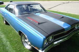 1969 Plymouth GTX, 440, 4 speed, B5 Blue, bucket console, B5