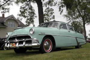 HUDSON HORNET SEDAN SOUTHERN CAR/ BEAUTIFUL RESTORATION / RUNS AND DRIVES GREAT