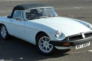 MGB ROADSTER - 1976 WITH HUGE 2.9 V6 FORD SIERRA 4x4 ENGINE