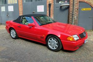 1992 MERCEDES 300SL AUTO RED WITH PANORAMIC ROOF