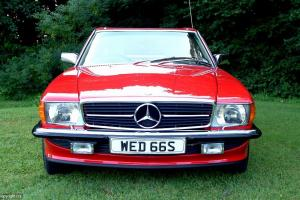 Mercedes Benz 500SL - classic convertible 1988 Signal Red Cream leather