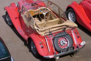 MG TF REPLICA BASED ON A TRIUMPH SPITFIRE MARK 3 AND GENTRY BODY