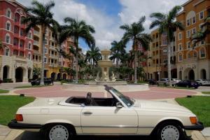 1987 MERCEDES-BENZ 560SL**LOW MILES**FL