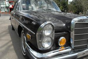 MERCEDES 280 SE 4.5L IMPORT EXCELLENT STARTS AND DRIVES LEFT HAND DRIVE