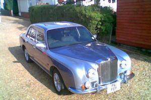 1996 Mitsuoka (Nissan) Bentley style saloon