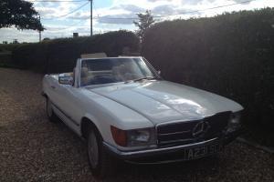 1984 MERCEDES 500 SL AUTO WHITE
