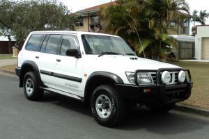 Nissan Patrol ST 2001 White Turbo Diesel 5SPD 4x4 in in Brisbane, QLD  Photo