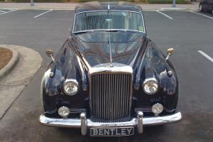 Bentley Saloon1 1958, Blue-Grey Photo