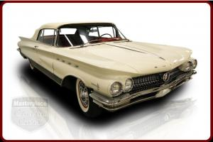 60 Buick Electra 225 Convertible Wildcat V8 Automatic White