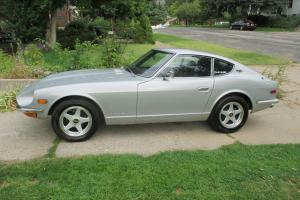 1971 Datsun 240Z, plus extra carburetor setup and an entire 280ZX drivetrain