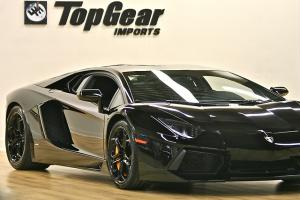 2012 LAMBORGHINI AVENTADOR COUPE BLACK ON BLACK ONLY 1,971 MILES LIKE NEW CAR !!