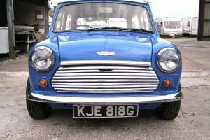 Classic MINI COOPER BLUE/WHITE (1968) With Cooper S Engine