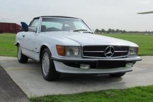 1986 C MERCEDES-BENZ SL 3.0 300 SL 2D AUTO 188 BHP