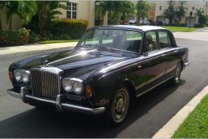 1969 BENTLEY T 1 Very Rare low miles. Wood, leather, paint,  chrome all great Photo