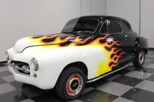 RETRO ROD, CUSTOM PERIOD-INSPIRED FLAMES, 350 CI, TH350, FRONT DISC, PS, PB