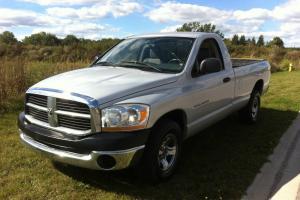 Dodge : Ram 1500 ST