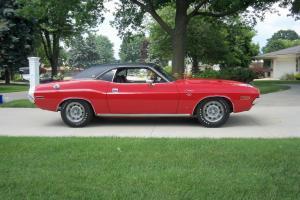 1970 Dodge Challenger RT/SE 440 Six Pack V Code 4 Spd