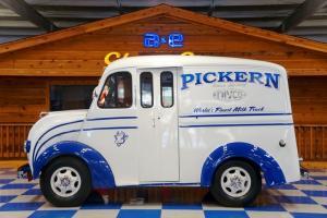 1951 Divco - Milk Truck Photo