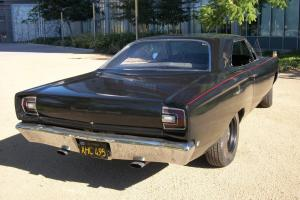1968 plymouth roadrunner 383ci,4 speed, hard top,