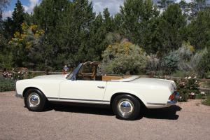 1967 Mercedes 250SL, very,very, nice, superb running, 4 spd., not 280 or SL