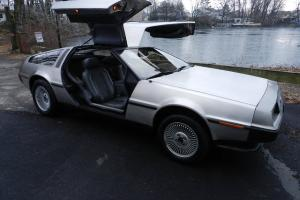 DELOREAN DMC-12 LOW MILES MINT GULLWING RARE 3RD GENERATION FLAWLESS 6 IN STOCK