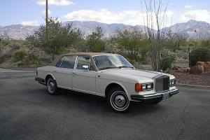 1984 Rolls Royce Silver Spur Base Sedan 4-Door 6.7L