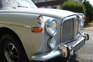 BEAUTUFUL P5B ROVER 3.5 LITRE SALOON, CONDITION 1, 86K WITH HUGE HISTORY FILE  Photo