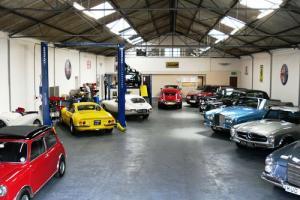 All Classic Mercedes Benz 107 SL W111 W113 W126 W123 300SL Sales And Service