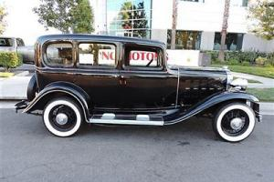 1932 Buick / Fully Restored / Black on Black / Truly a Must See