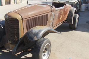 1932 DeSoto Roadster....RARE CAR... Project car... bigger than Ford Roadster car