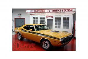 1971 Dodge Challenger RT Hardtop Butter Scotch